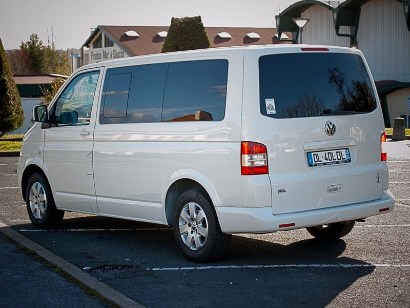 ★ Vends T5 Multivan Blanc StartLine 4Motion TDI 174CV de 2009 ★ Rear10