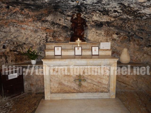 Монастырь кармелитов в Хайфе. Iyo_io18