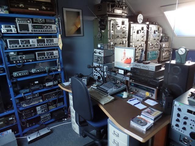 eQSL Radio Zeewolf / Blackstone. F206c310