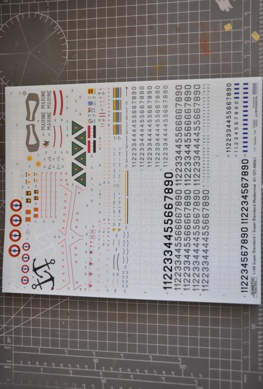 Super Etendard 1/48 Kinetic Dsc_0093