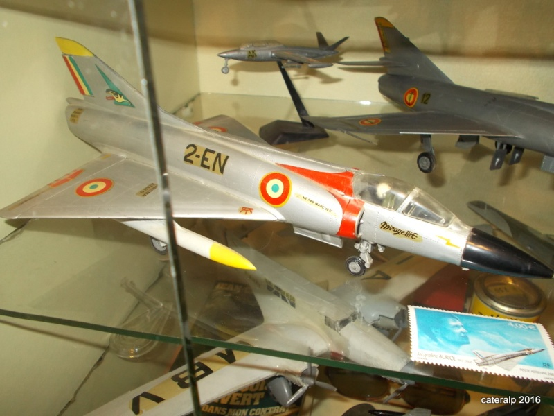 DASSAULT MIRAGE III R ou C 1/50ème Réf L511  - Page 2 Mirage17