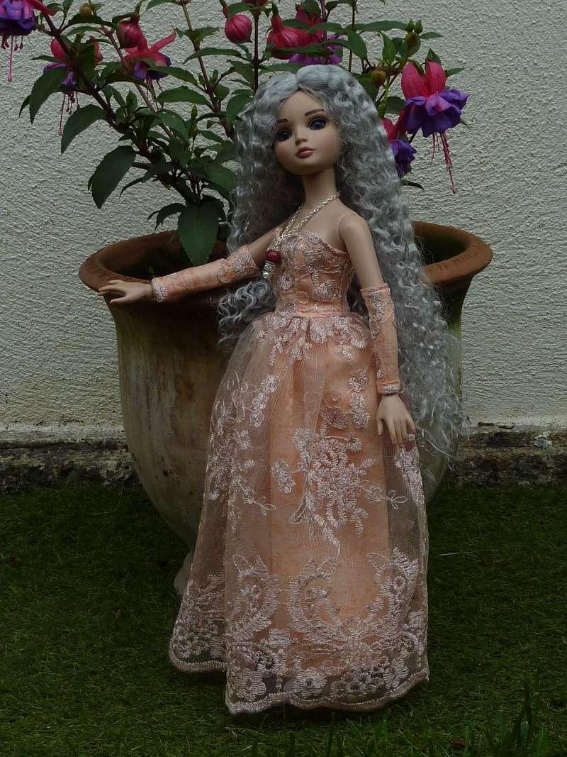 Mes Ellowyne (nouvelles photos page 15) - Page 5 P1060420