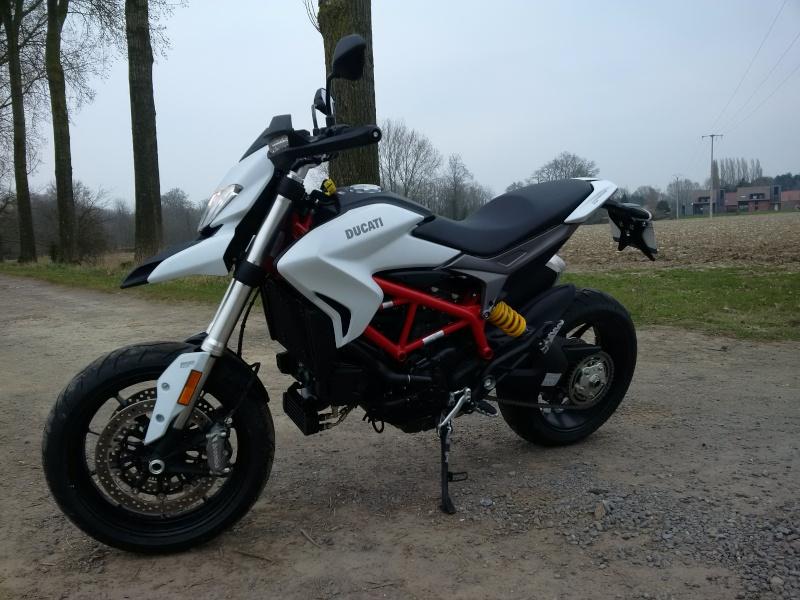Quand Ratus teste des motos - Page 6 Img_2011