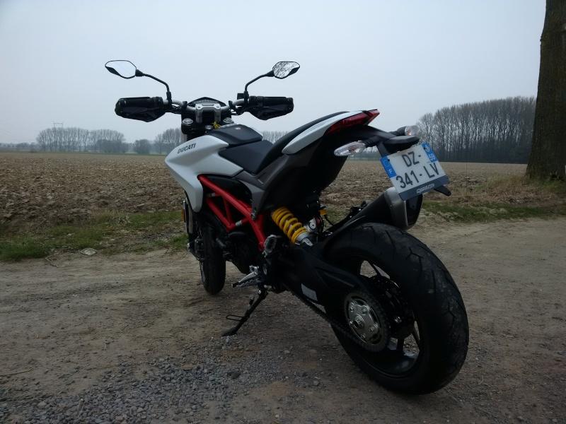 Quand Ratus teste des motos - Page 6 Img_2012