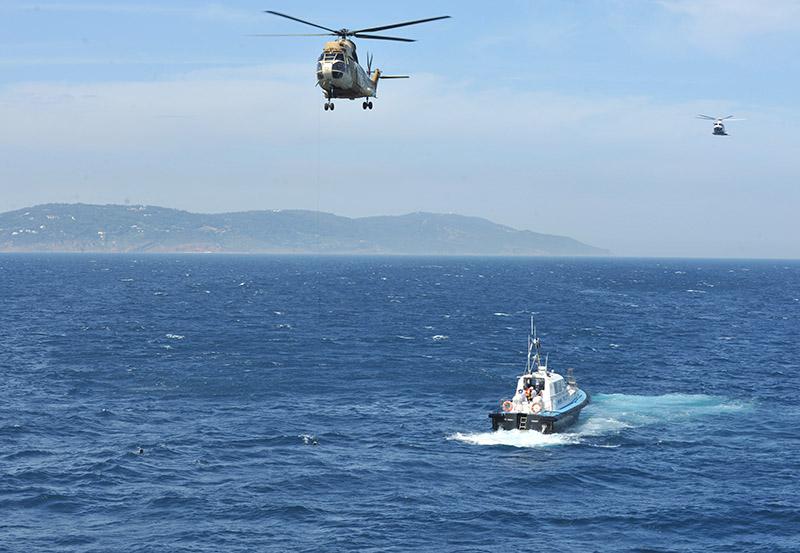 Sauvetage maritime au Maroc / service de recherche et de sauvetage  - Page 2 Compag10