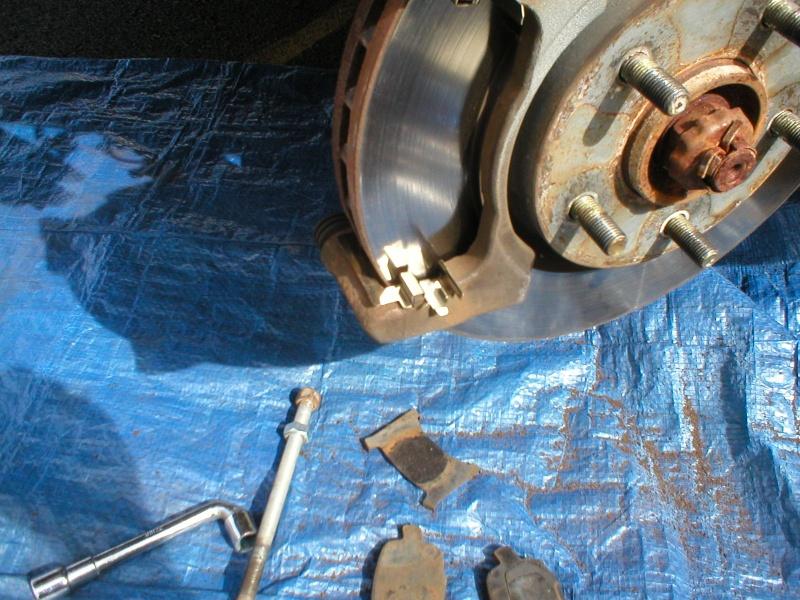 Etrier de frein , remplacement (tuto) - Page 4 Glissi10