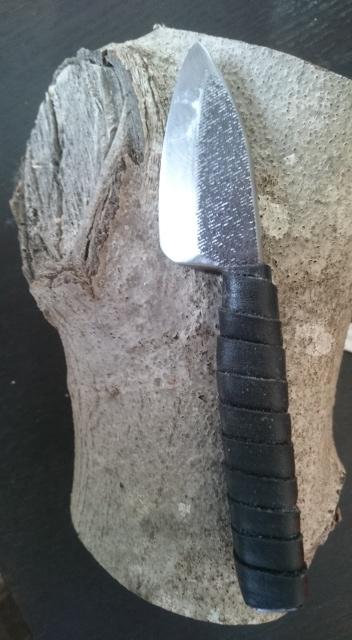 Les Couteaux de Jökull et autres réalisations - Page 2 Dsc_0054
