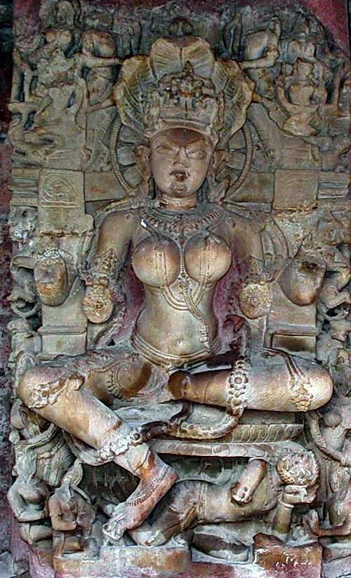 Il mistero delle donne sacre Khmer  1111