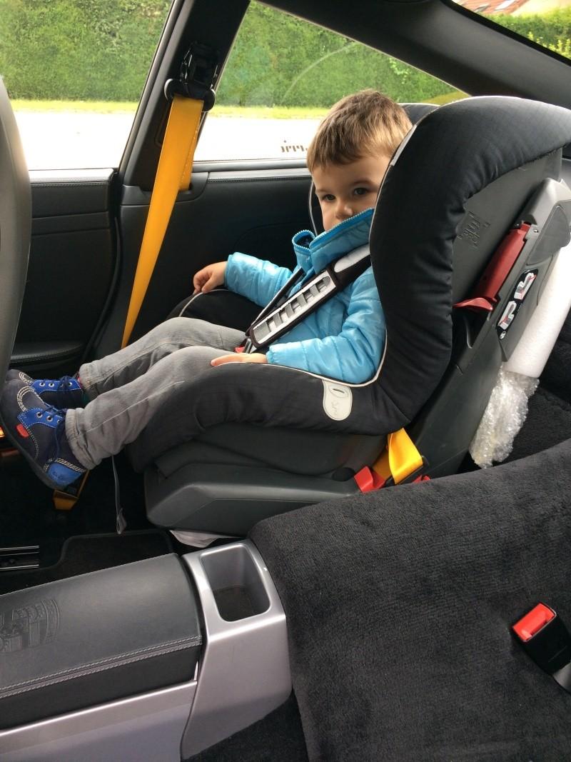 Siege auto pour bebe for Siege auto cars