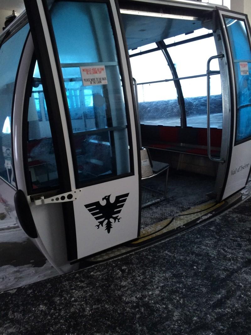 Téléphérique 3S tricâble débrayable 30 places (TPH 30) de l'Olympique Img_2620