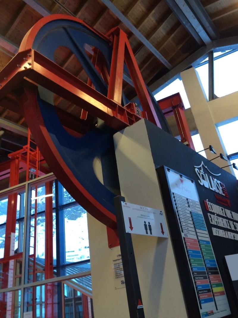 Téléphérique 3S tricâble débrayable 30 places (TPH 30) de l'Olympique Img_2711
