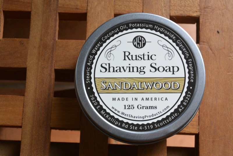 odeur de savon à barbe  Dsc_0410