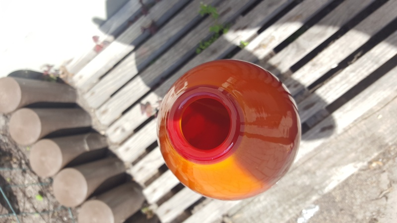 Any ideas about this red orange vase 20160610