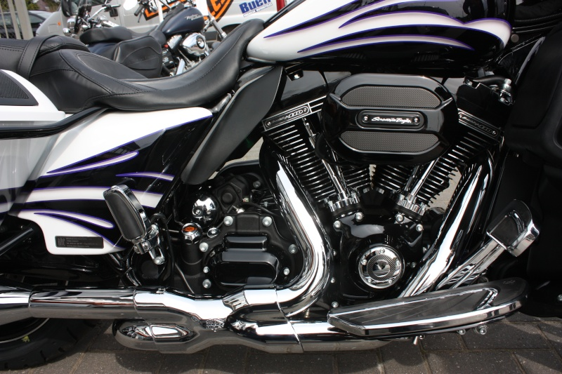 Nouvelle acquisition Street-Glide CVO 2016 Img_0025