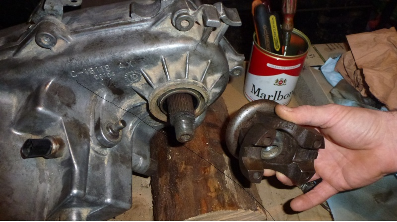 Slip yoke eleminator/np231j P1050110