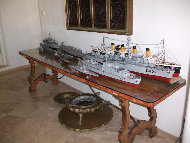 HMS HANNIBAL 1/96  (Predreadnought) DEAN'S MARINE Dscf2114