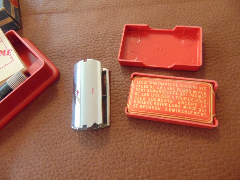 Lames de rasoir GIBBS et produits de la marque Dsc03312