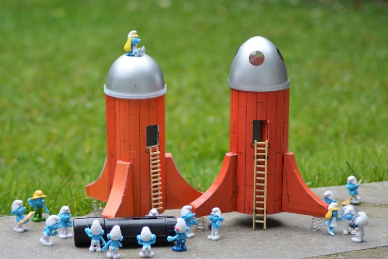 fusée - Fusée Cosmoschtroumpf dans les airs Fusee210
