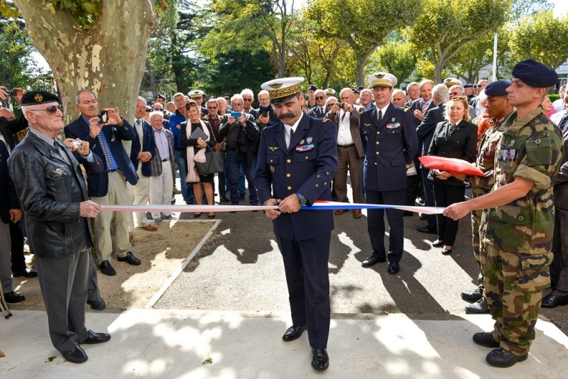 Inauguration du musé des commandos de l'air a Orange pour la Saint Michel 11010