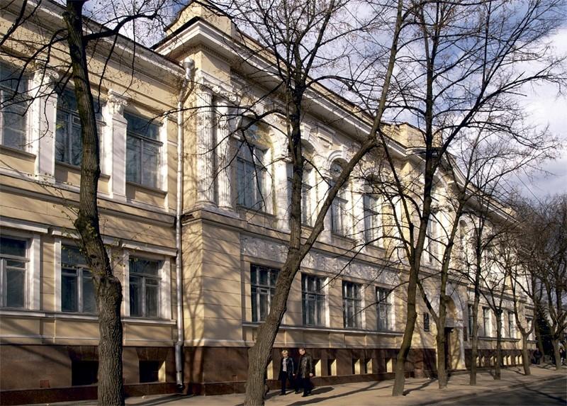 Первая столица Украины - Харьков - Страница 2 Hudmuz10