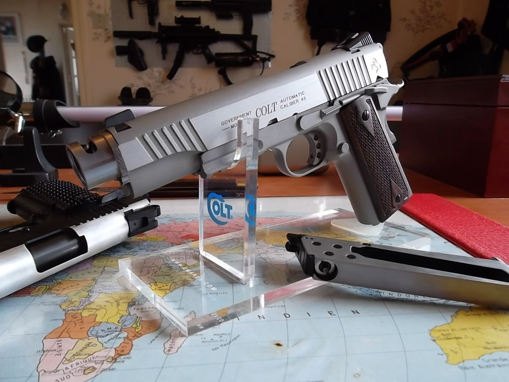 un Colt 45 bbs à partit d'un airsoft... Sam_2218