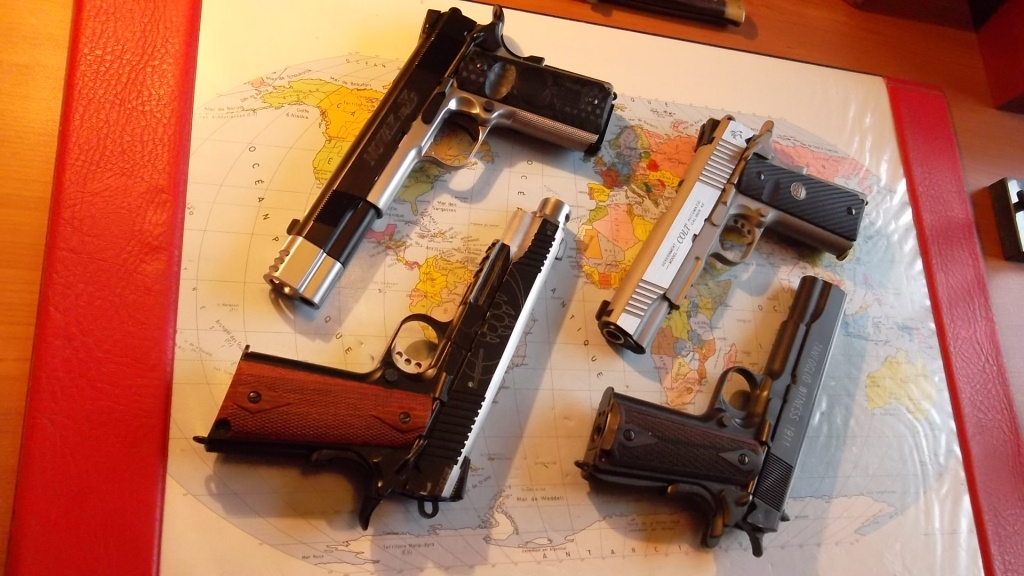 un Colt 45 bbs à partit d'un airsoft... - Page 2 Sam_2246