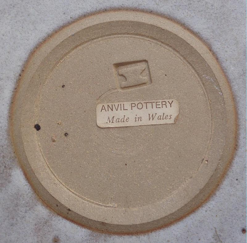 Allan & John Hughes, Anvil Pottery / Wilan Pottery Anvp211