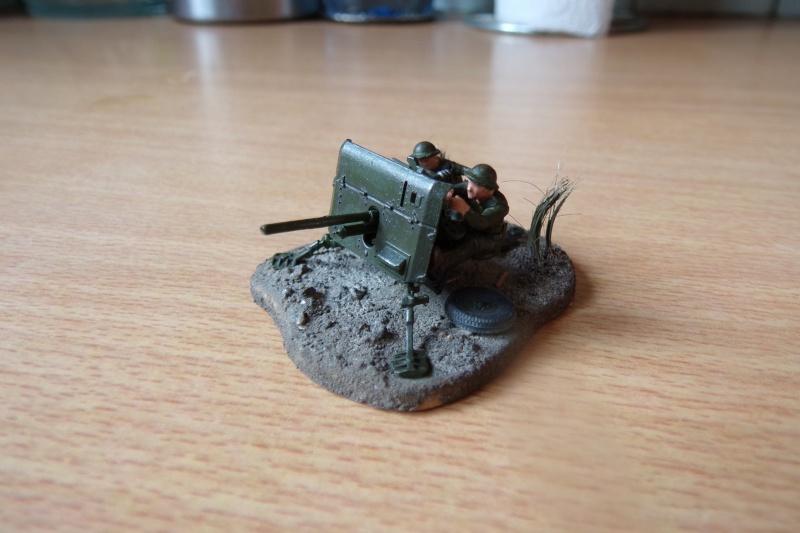 {Zvezda} British anti-tank gun QF 2 pdr 100_0517
