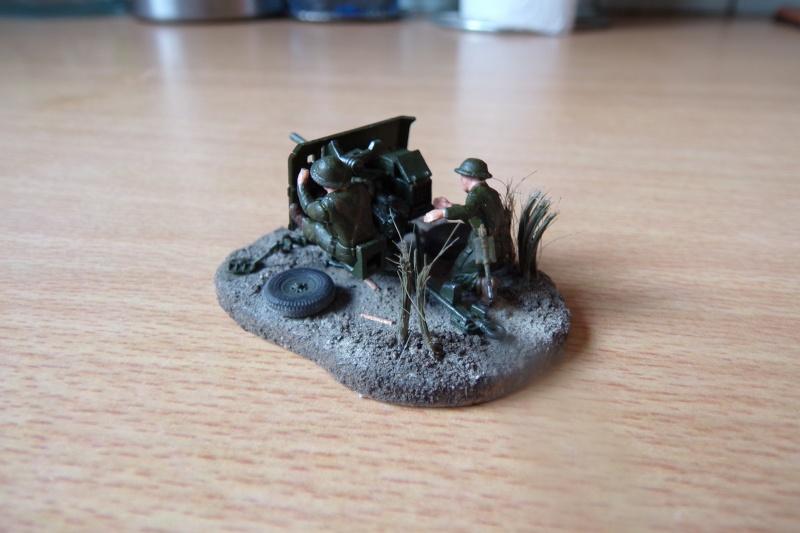 {Zvezda} British anti-tank gun QF 2 pdr 100_0520
