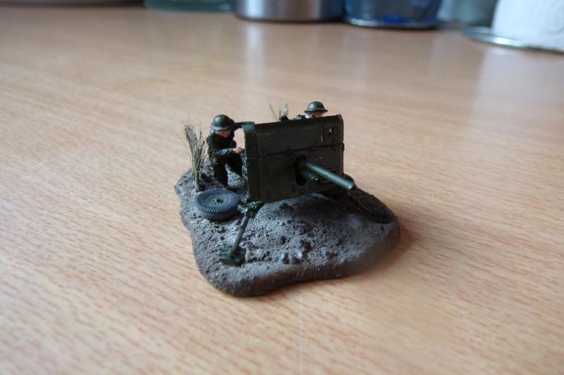{Zvezda} British anti-tank gun QF 2 pdr 100_0522