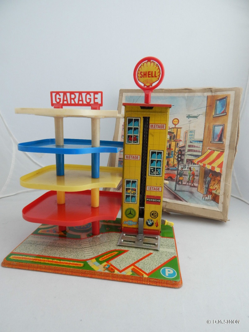 Garages jouets - Toys garage - Page 2 111