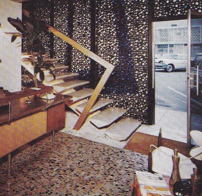 Architectures de banques et bureaux vintages - 1950's & 1960's Office & Bank  12932710