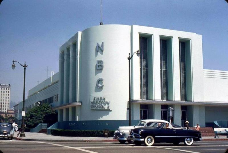 Architectures de banques et bureaux vintages - 1950's & 1960's Office & Bank  12933011