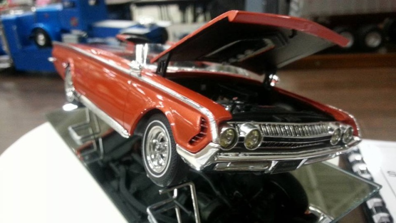 Vintage built automobile model kit survivor - Hot rod et Custom car maquettes montées anciennes - Page 4 12936410