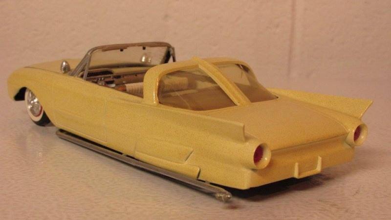 Vintage built automobile model kit survivor - Hot rod et Custom car maquettes montées anciennes - Page 4 12938210
