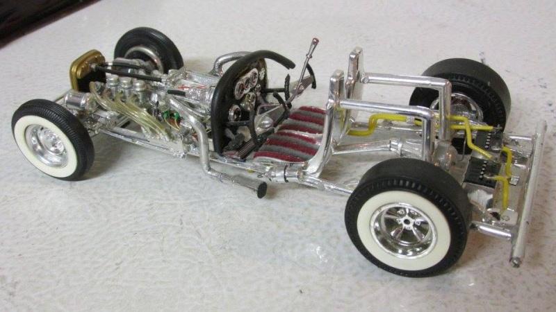 Vintage built automobile model kit survivor - Hot rod et Custom car maquettes montées anciennes - Page 4 12963310