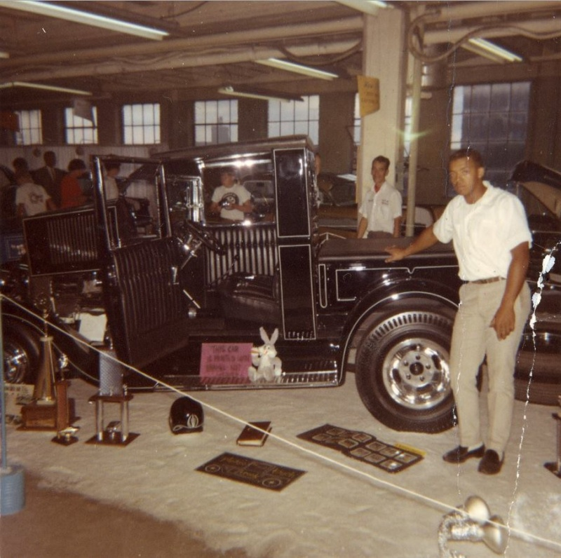 Vintage Car Show - Page 17 12963314