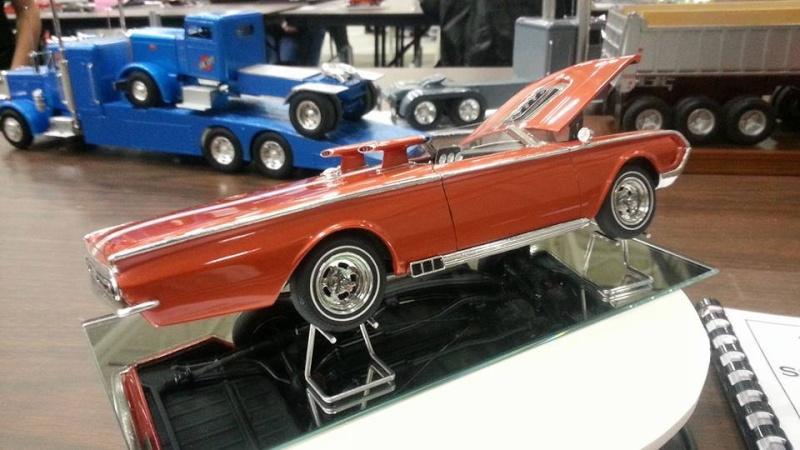 Vintage built automobile model kit survivor - Hot rod et Custom car maquettes montées anciennes - Page 4 12974410