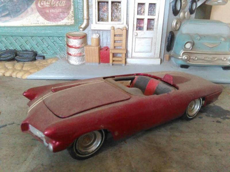 Vintage built automobile model kit survivor - Hot rod et Custom car maquettes montées anciennes - Page 5 12974411
