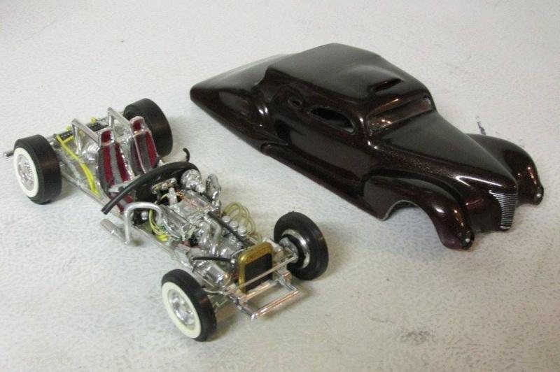 Vintage built automobile model kit survivor - Hot rod et Custom car maquettes montées anciennes - Page 4 12977110