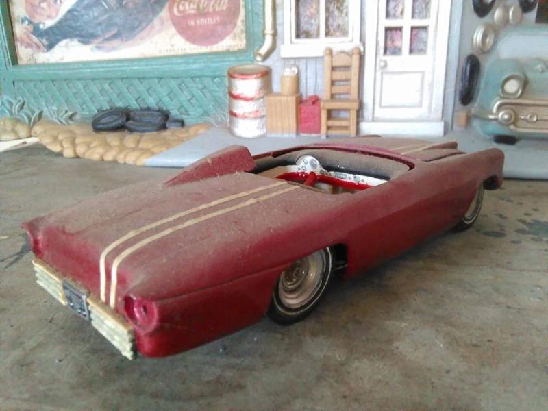 Vintage built automobile model kit survivor - Hot rod et Custom car maquettes montées anciennes - Page 5 12986913