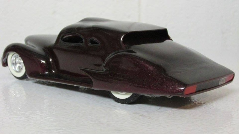 Vintage built automobile model kit survivor - Hot rod et Custom car maquettes montées anciennes - Page 4 12990910