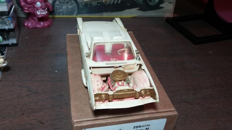 Vintage built automobile model kit survivor - Hot rod et Custom car maquettes montées anciennes - Page 5 13092110