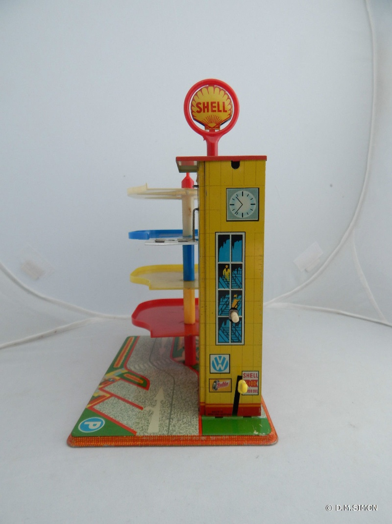 Garages jouets - Toys garage - Page 2 411