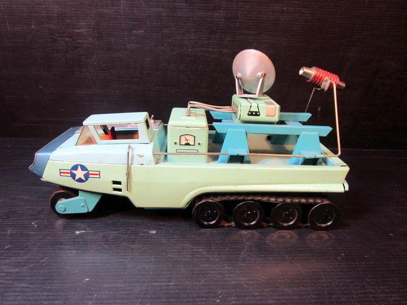 Jouets Spaciaux - Sci-Fi Toys _5713