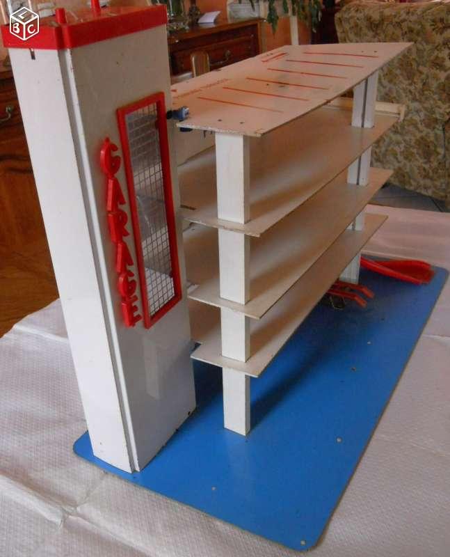 Garages jouets - Toys garage - Page 2 C0299610