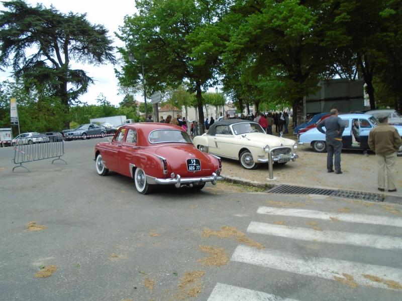 Renaults Frégate et voitures anciennes à Nerac (47) Dsc02021