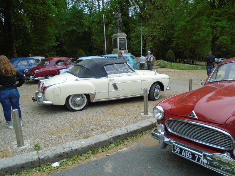 Renaults Frégate et voitures anciennes à Nerac (47) Dsc02022