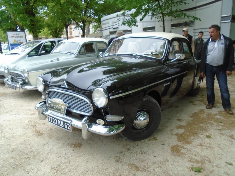 Renaults Frégate et voitures anciennes à Nerac (47) Dsc02024