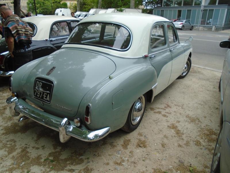 Renaults Frégate et voitures anciennes à Nerac (47) Dsc02111